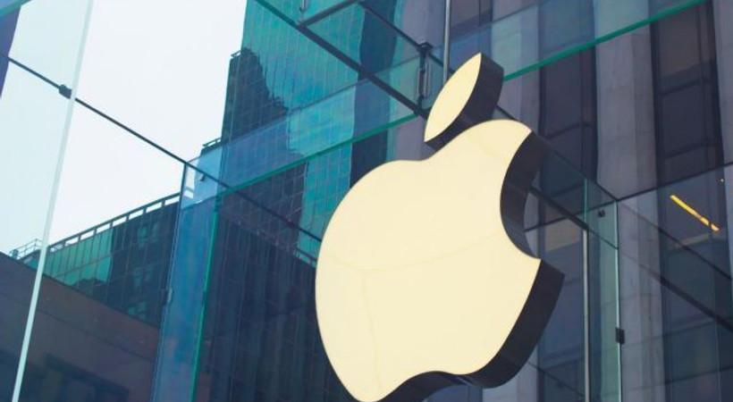 Apple 'en uygun fiyatlı' iPhone'unu tanıttı!