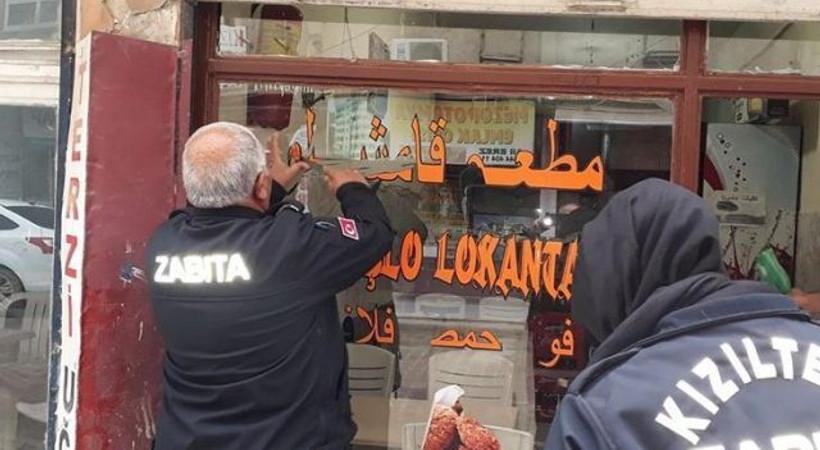 Arapça tabelalar böyle kaldırıldı!