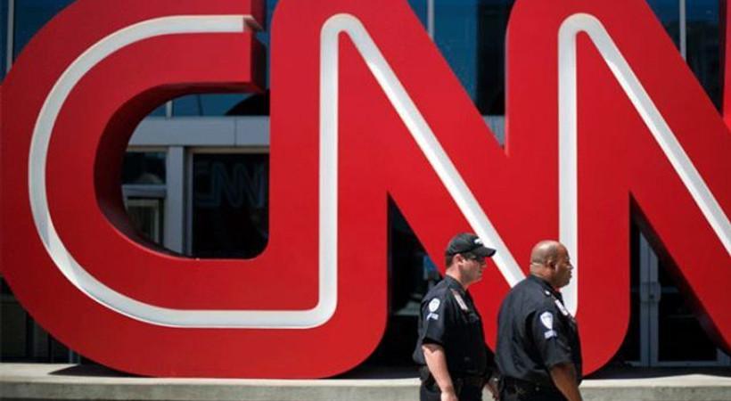 CNN binasında bomba paniği! Canlı yayına ara verildi...