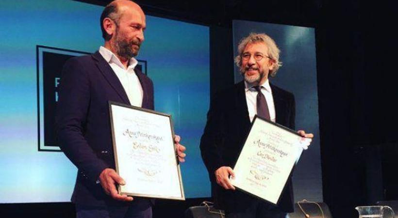 İsveç'te Can Dündar ve Erdem Gül'e Fikir Özgürlüğü Ödülü