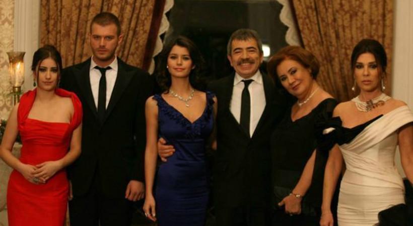 Aşk-ı Memnu'nun senaristlerinden Romanya'ya dava!