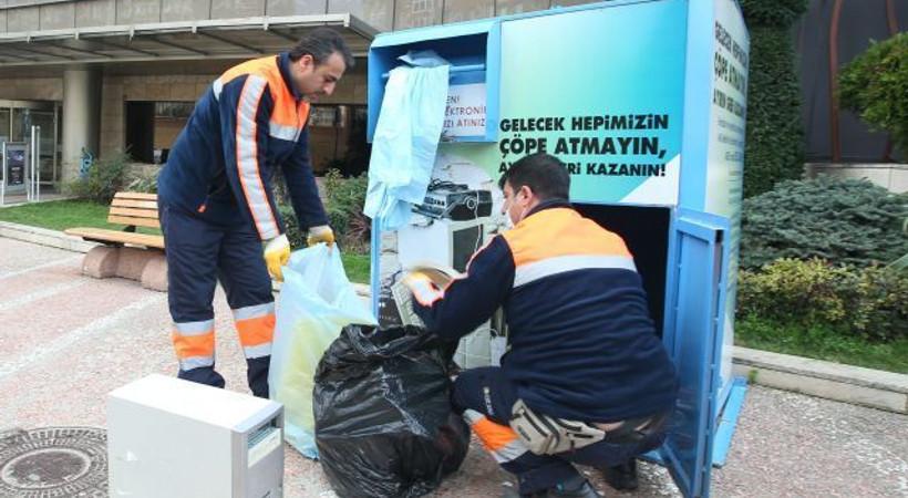 Kadıköy Belediyesi'nden atıkların geri dönüşümü için akıllı telefon uygulaması!
