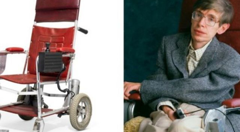 Stephen Hawking'in 22 kişisel eşyası 1,8 milyon sterline satıldı!