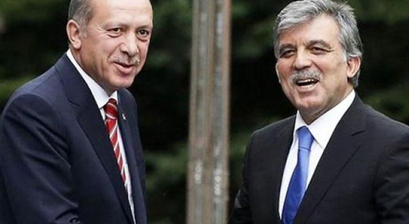 Fehmi Koru'dan Twitter'ı sarsan yazı: Cumhurbaşkanı Erdoğan ve Abdullah Gül yol ayrımında mı?