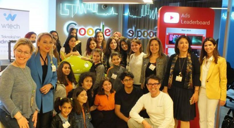 Teknolojide Kadın Derneği, Bilişimde Kızlar Günü'nü kutladı!