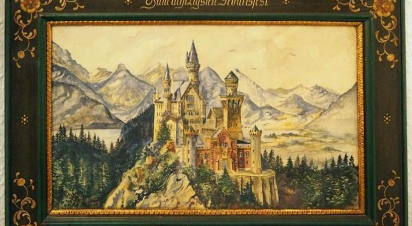Hitler'in suluboya tabloları rekor fiyata satıldı