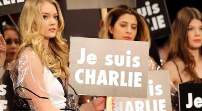Victoria Secret mankeninden Charlie Hebdo'ya destek!