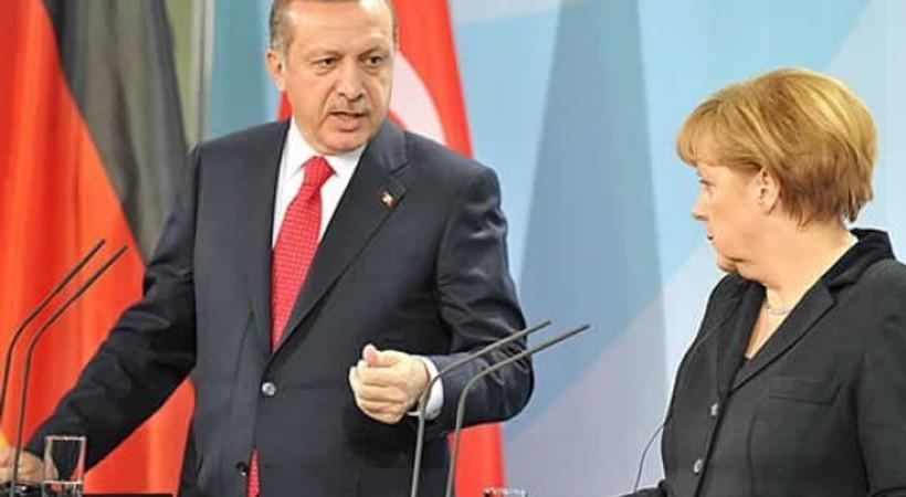 Alman basınından şok Türkiye iddiası: Merkel, Erdoğan'dan 'İncirlik' izni alamadı!