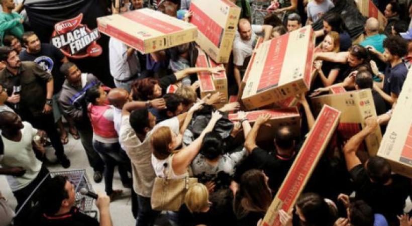 Türkiye'de 'Black Friday yalanı': Tüketiciyi yanıltıyorlar, temel amaç stokları eritmek