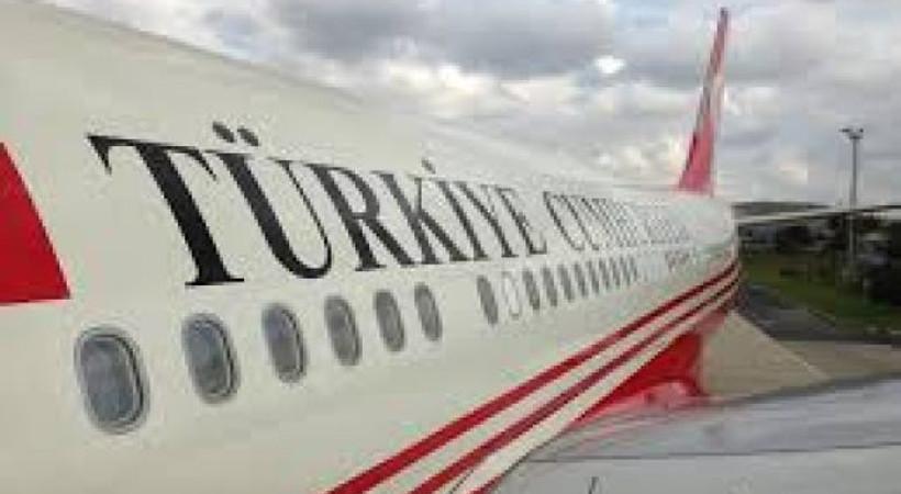 Abdülkadir Selvi: 'Akif Abi bak, bizim uçakta başka neler oldu...'