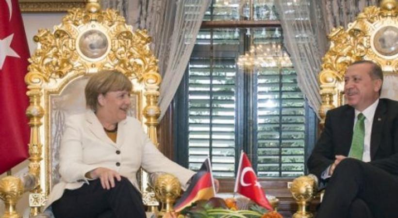Almanya'da Erdoğan'a basın özgürlüğü tepkisi!