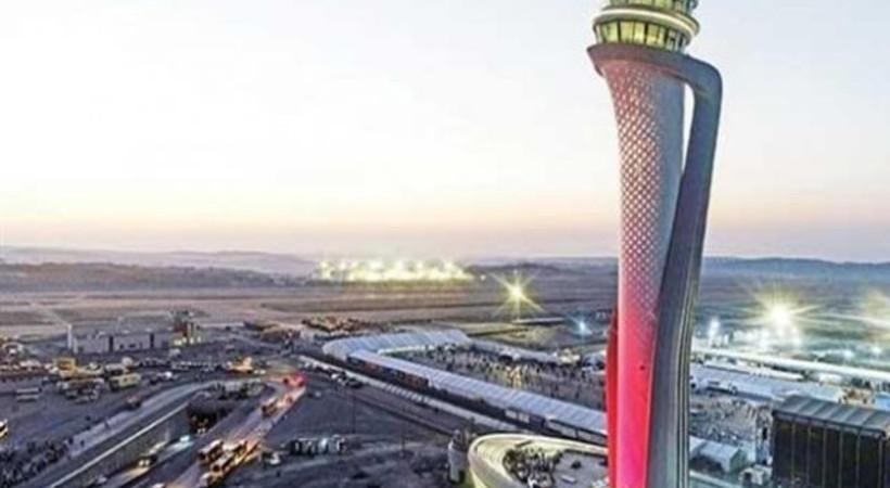 İstanbul Havalimanı'nda THY uçağı direğe çarptı