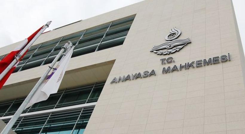 Hükümetten AYM'nin kararına tepki: Yasaların çizdiği sınırı aştı