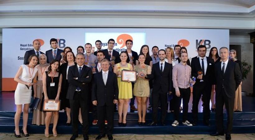 Üniversiteliler arası 'sosyal sorumluluk proje' yarışması sonuçlandı! Üniversiteliler ödüllendirildi!