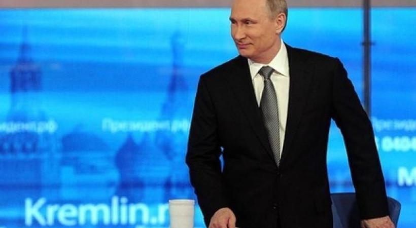 Putin'e canlı yayında zor soru: 'Poroşenko ve Erdoğan aynı anda boğulsa hangisini kurtarırdınız?'