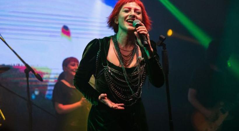Rock müziğin divası Aslı Gökyokuş'tan muhteşem geri dönüş!