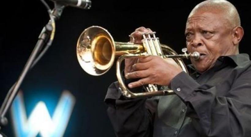 Güney Afrika'da cazın 'babası' Hugh Masekela hayatını kaybetti