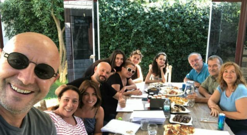 Çağan Irmak yeni filminde ustaları buluşturdu!