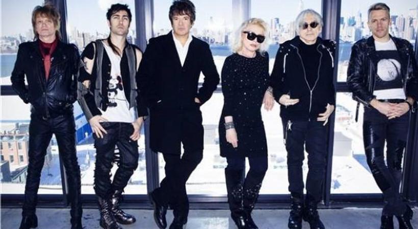 Blondie Eylülde İstanbul'da