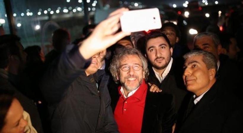 Cumhuriyet, özgürlüğün fotoğraflarını yayınladı