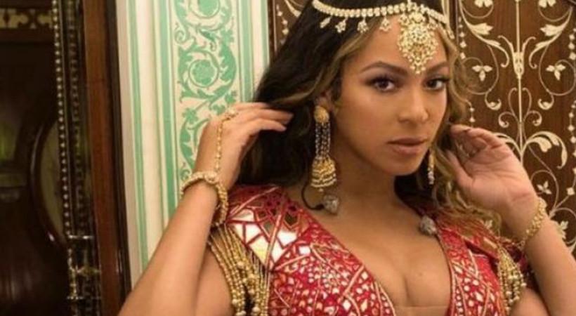 Hindistan'da yılın düğünü: Beyonce sahnede, Hillary Clinton konuklar arasında