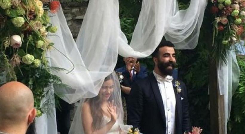 Ünlü dizi oyuncusu evlendi