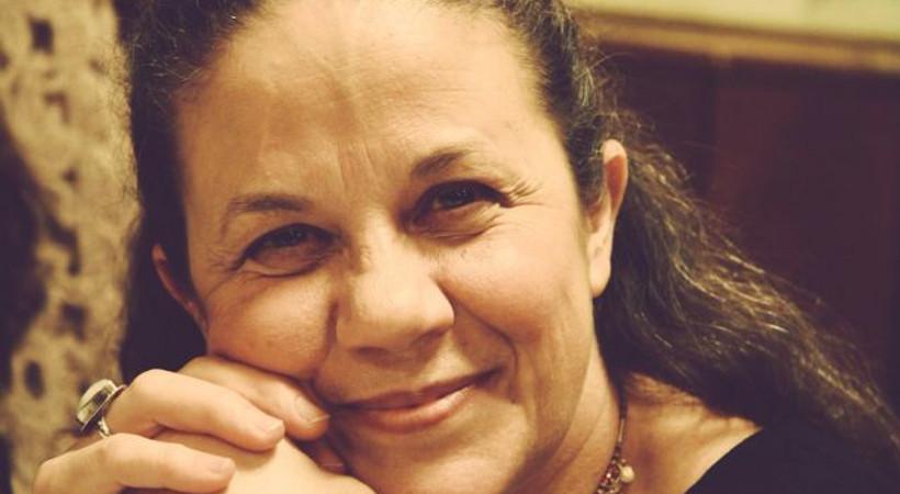 Ünlü sanatçı Ayşe Selen, son yolculuğuna uğurlandı