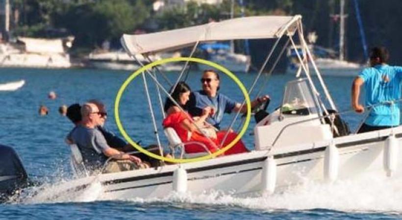 Deniz Çakır'ın aşk tatili