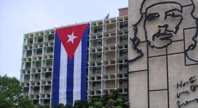 Küba'dan 'cami' tepkisi: ' Bizde nereye ne inşa edileceğine halk karar verir'