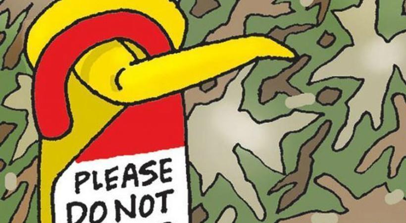 Hürriyet karikatüristinden kamauflajlı karikatür: Lütfen rahatsız etmeyiniz!