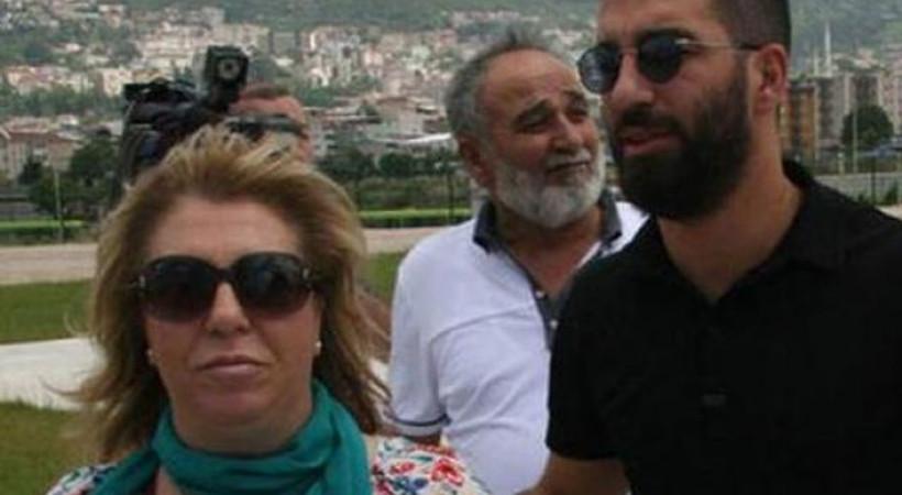 Gazeteci Bilal Meşe'ye saldıran Arda Turan'ın annesi de konuştu