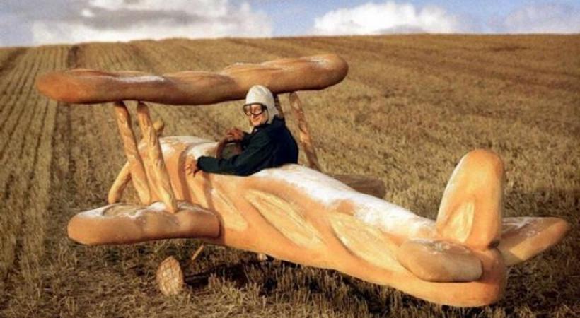 Ekmeleddin İhsanoğlu'nun sloganı açıklandı, sosyal medyada ekmek caps'leri yayıldı