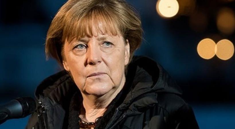 Merkel'den Sultanahmet açıklaması!