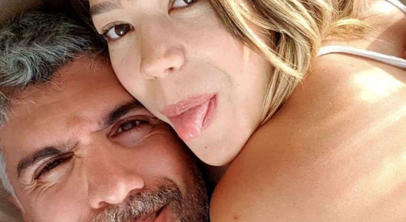 Özcan Deniz'den boşanma iddialarına fotoğraflı yanıt!