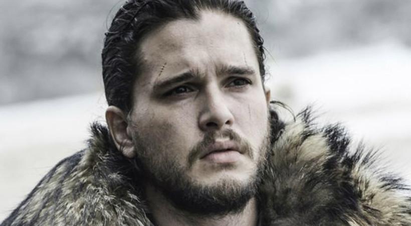 Game of Thrones eleştirilerine 'Jon Snow'dan küfürlü yanıt!