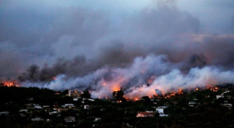 Yunanistan'ın başkenti Atina'da yangın! Ölü sayısı artıyor