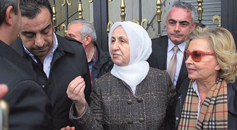 Nazlı Ilıcak Melek İpek'in evine alınmadı!
