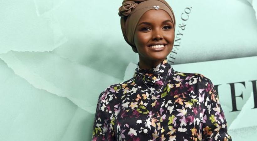 Sports Illustrated dergisinde bir ilk: Müslüman model burkiniyle poz verdi