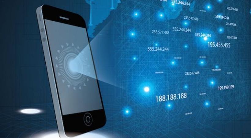 'Şirinler, tek SMS'le telefonunuzu ele geçirebilir'