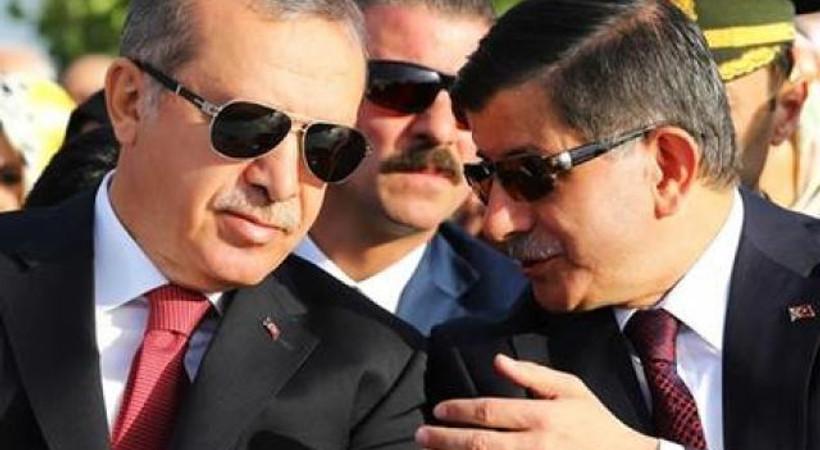 Financial Times: Koalisyonda Erdoğan'ın AKP'yi perde arkasından yönetmesi çok zor