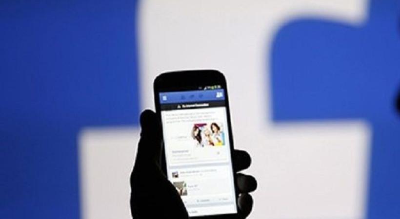 Hükümet Facebook'u uyardı!