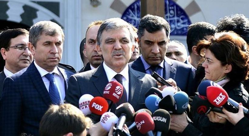 Abdullah Gül'den gazeteciye: Çok güzel sordun, tebrik ederim
