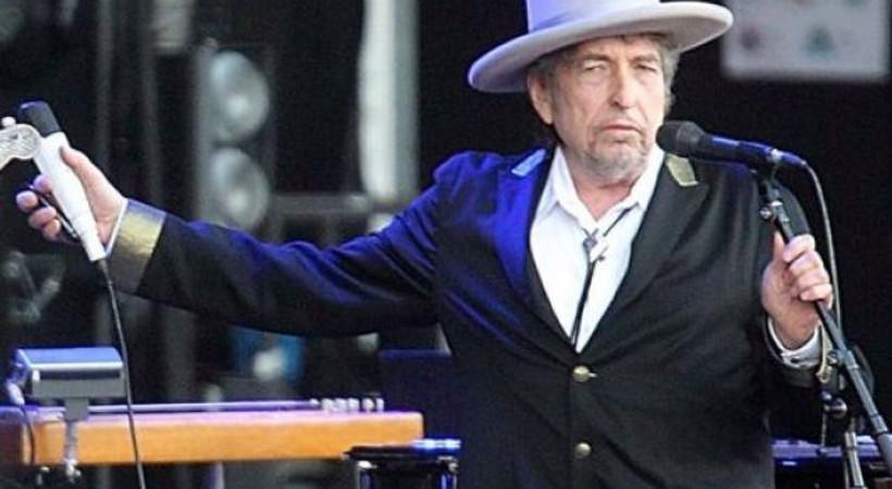 Bob Dylan sessizliğini bozdu