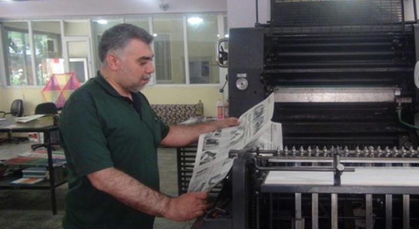 Engelli gazeteci engellere meydan okuyor!