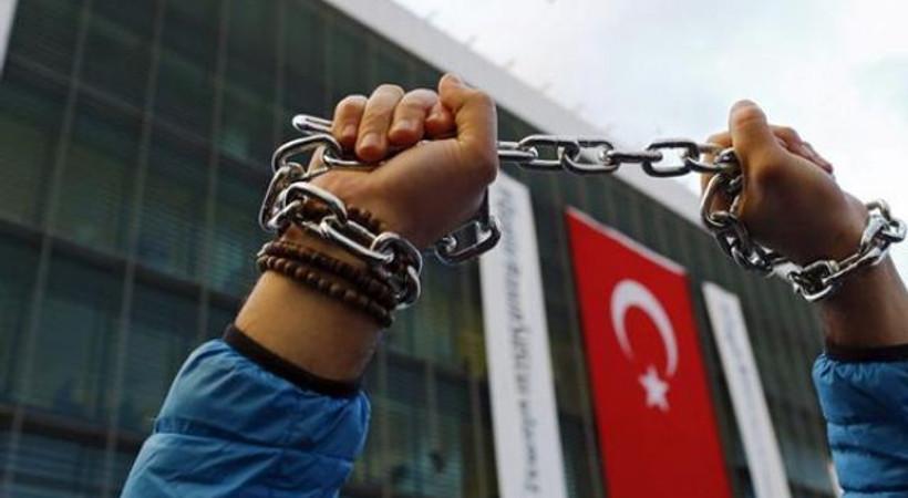RSF: Türkiye'de sorun medya sahiplerinin iş insanı olması