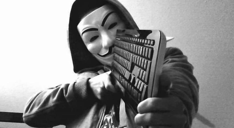 Hacker grubu Anonymous'tan o örgüte siber saldırı