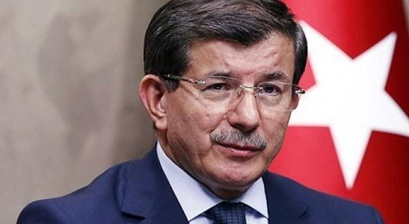 'Davutoğlu'na oy yok' yazısı apar topar kaldırıldı
