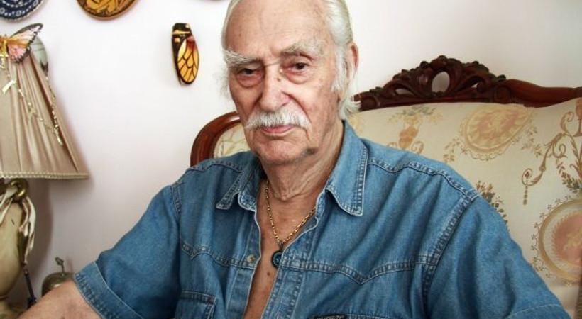 Usta oyuncu Eşref Kolçak hayatını kaybetti