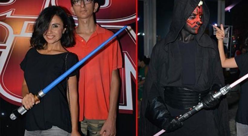 Ünlü isimler Star Wars Güç Günü'nde bir araya geldi!