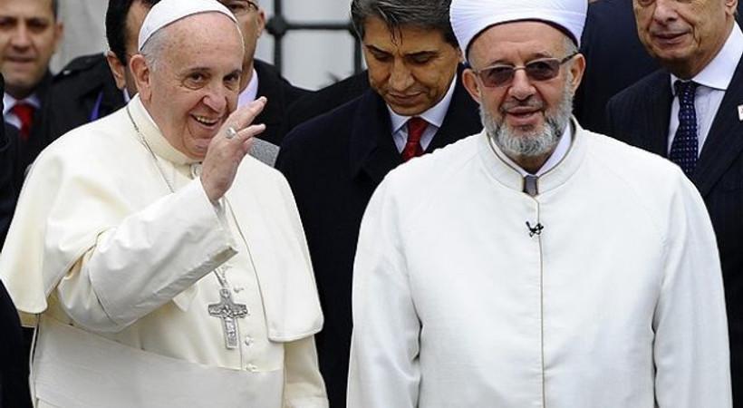 Papa İstanbul'da! Cami ziyareti öncesi kapılar sadece 2 basın kuruluşuna açıldı